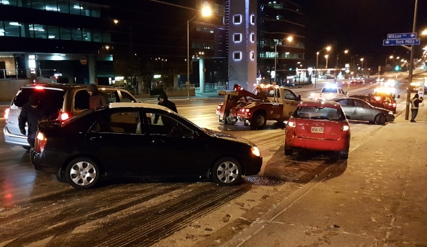 icy-roads-toronto-collisions